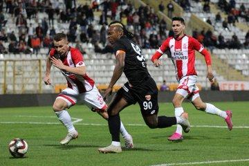 Adanaspor 1 - 1 Balıkesirspor