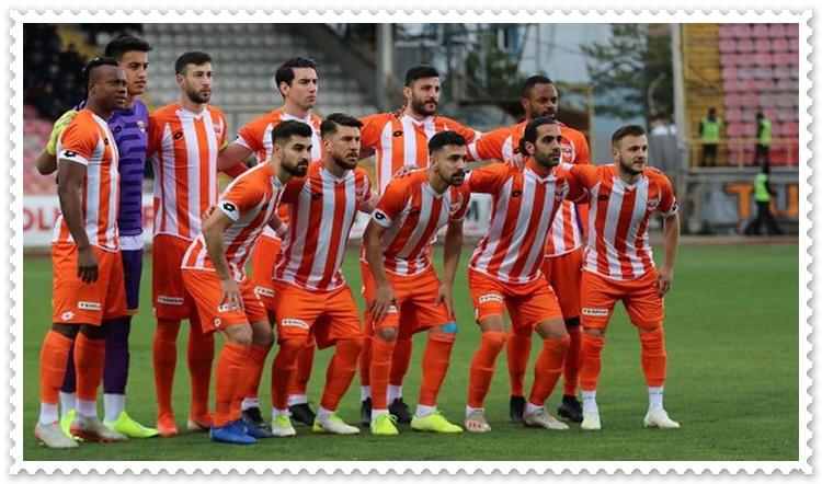 Adanaspor Teknik Direktörü Eze'ye Sert Çıktı